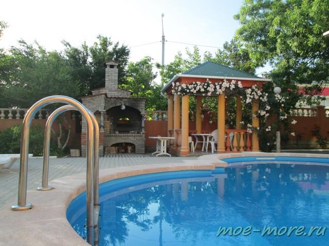 Отель Кленовый лист в Геленджике
