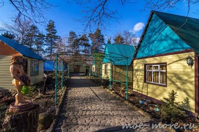 Туристический комплекс Жень-Шень в Мостовском